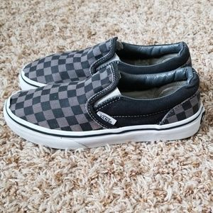 Van's Kids Size: 1.5 Black/Grey Checkered Slip Ons